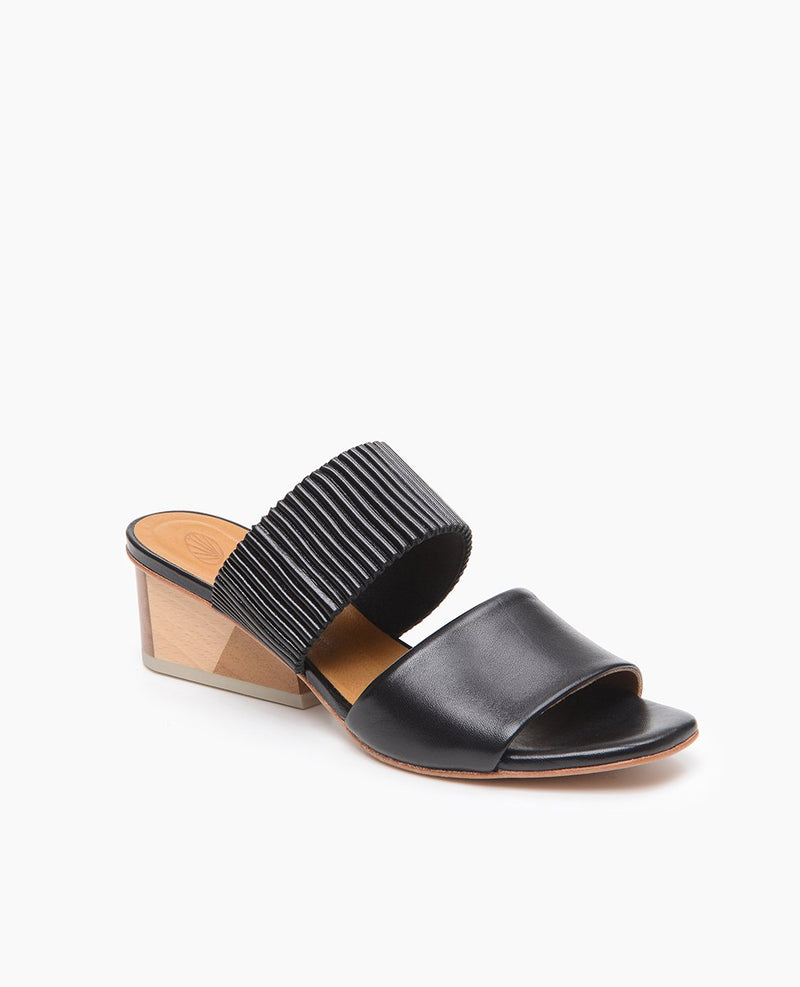 Oohlala Sandal SAMPLE SALE Coclico - ourCommonplace