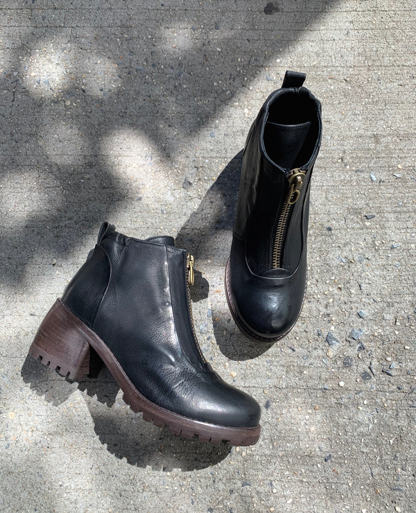 P. Monjo P-1345 Boot