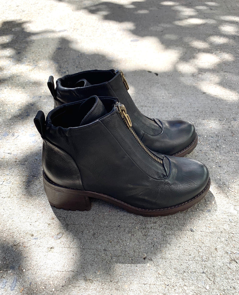 P. Monjo P-1345 Boot Coclico - ourCommonplace