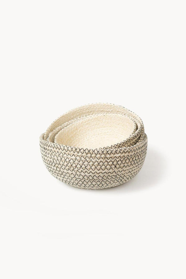 Amari Handwoven Jute Round Bowl - Black (Set of 4) Hathorway - ourCommonplace