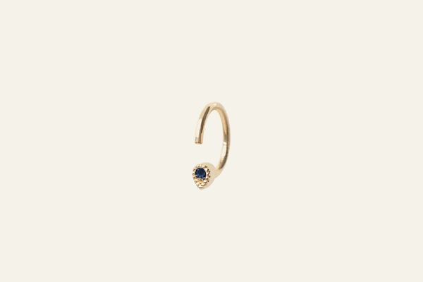 Mini Stretta Hoop Earrings - ourCommonplace