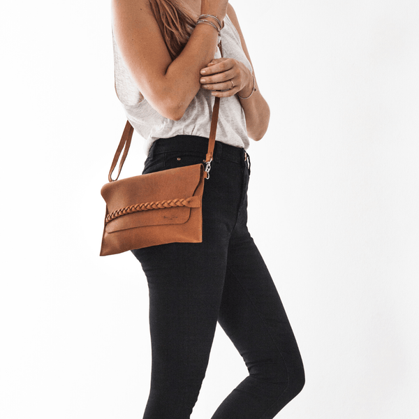 The Carolina Leather Messenger Bag Brave Soles - ourCommonplace