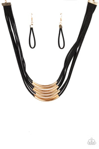 Walk The WALKABOUT Gold Necklace - Paparazzi Accessories