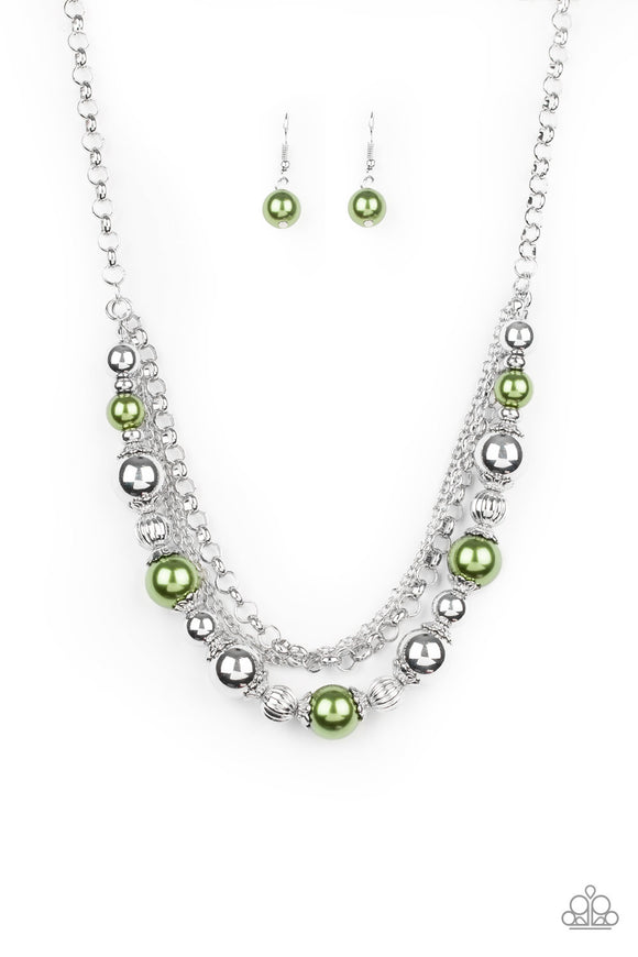 5th Avenue Romance Green Necklace - Paparazzi Accessories