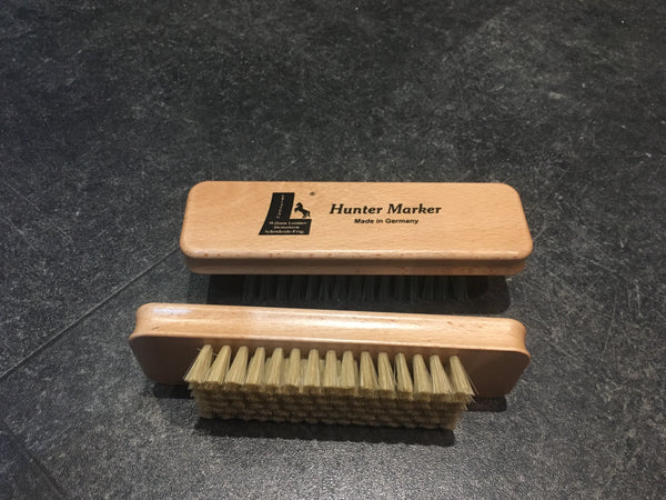Leistner Hunter Quarter Mark Brush
