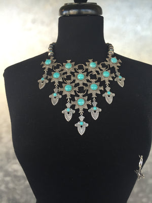 Award-winning Viva La Reina Necklace