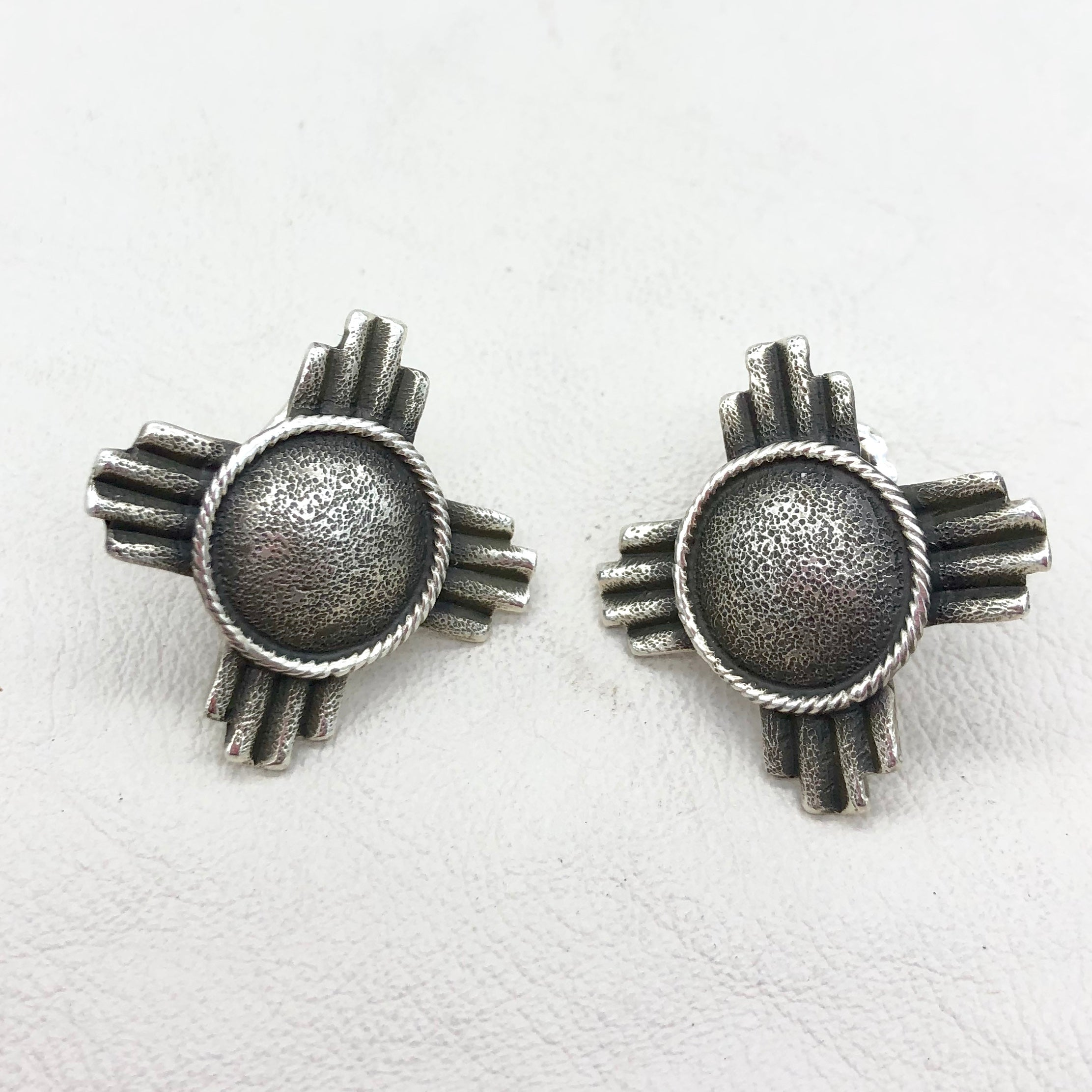 ON SALE EZ14 Silver Zia Earrings