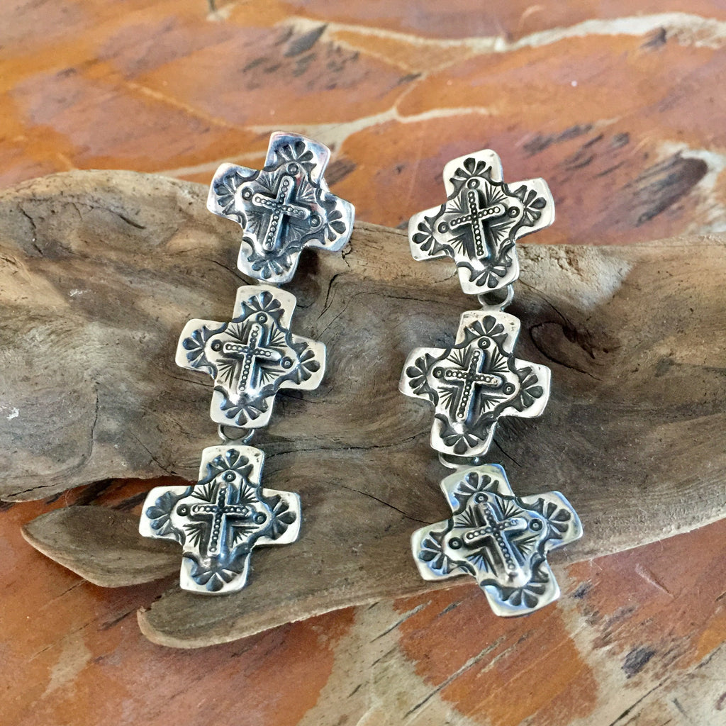 20% OFF E94T Triple Galisteo Cross Earrings