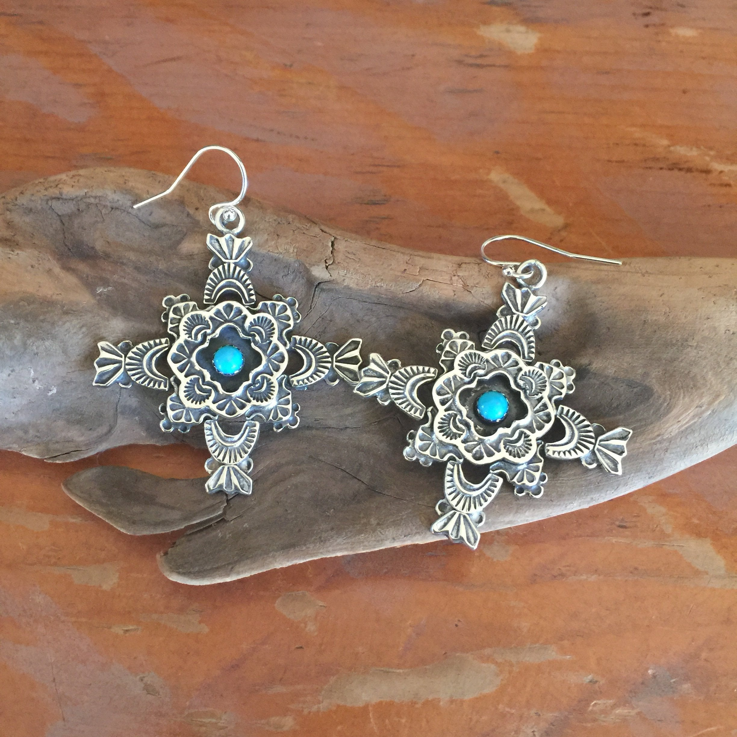 E309A Puerta De Luna with Framed Turquoise Earrings