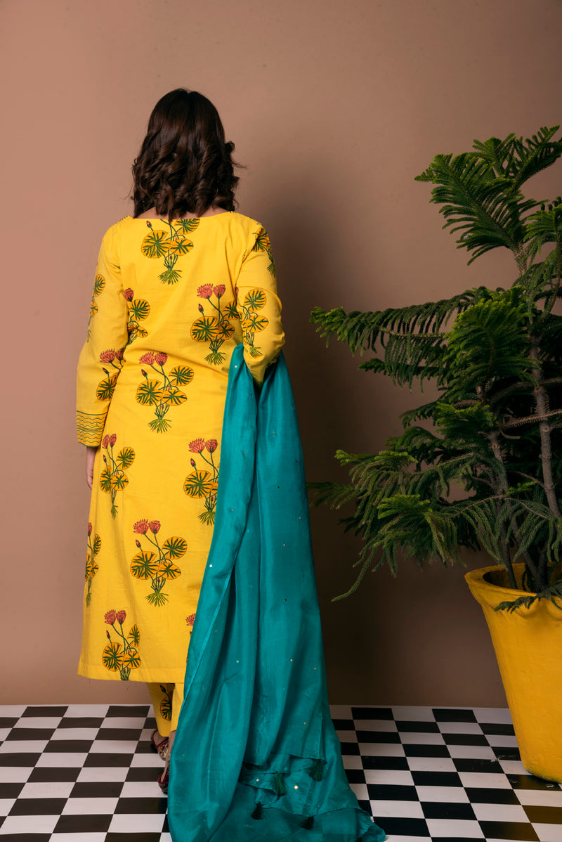 Yellow Suit - Hybrid Lotus Embroidered Straight