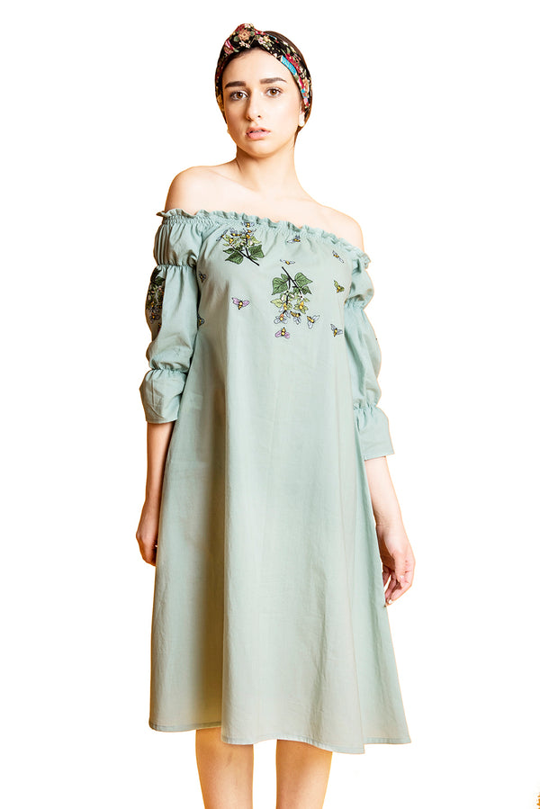 Green Dress - Off-Shoulder Titlee Shift
