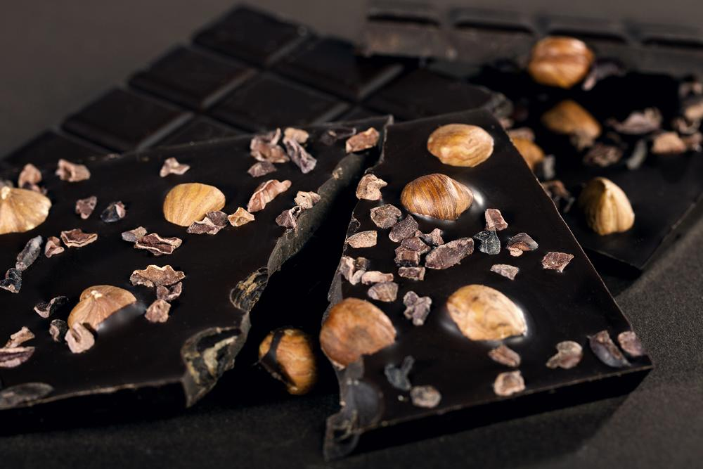 Dark Chocolate, Cocoa Nibs & Hazelnut Bar