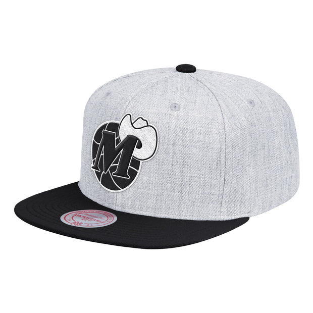DALLAS MAVERICKS MITCHELL & NESS HARDWOOD CLASSIC M-HAT GREY SNAPBACK