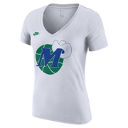 DALLAS MAVERICKS NIKE WOMEN'S NIKE HARDWOOD CLASSIC M-HAT WHITE TEE