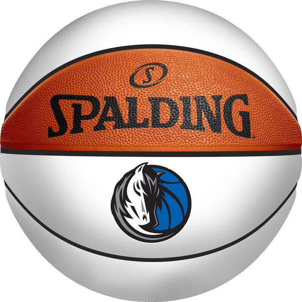 DALLAS MAVERICKS SPALDING B7 AUTOGRAPH WHITE PANEL BASKET BALL
