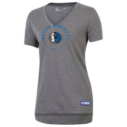 DALLAS MAVERICKS UNDER ARMOUR WOMENS COMBINE V NECK TEE