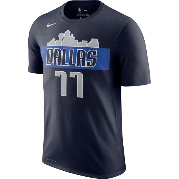 DALLAS MAVERICKS NIKE LUKA DONČIĆ SKYLINE NAME & NUMBER TEE