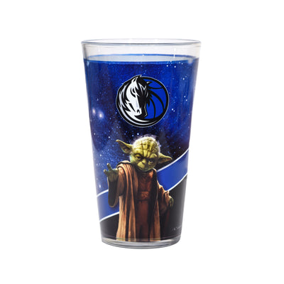DALLAS MAVERICKS 17 15 OZ STAR WARS YODA PINT GLASS