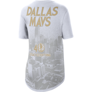 DALLAS MAVERICKS WOMEN'S NIKE 20-21 CITY EDITION SHORT SLEEVE COURTSIDE TEE