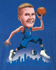DALLAS MAVERICKS KRISTAPS PORZINGIS CARICATURE ICON TEE