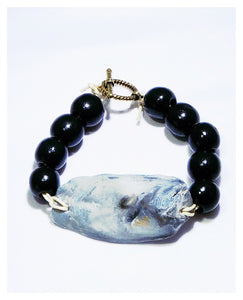 Black Savannah Oyster Bangle