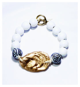 Chinoiserie & Gold Oyster Bangle