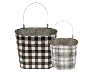 Black buffalo check wall pocket buckets