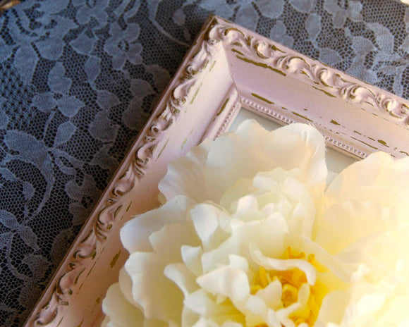 Distressed pink & gold 4x6 ornate frame