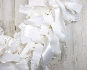 White lace rag-tie fabric garland