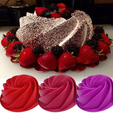 Load image into Gallery viewer, Food Grade 25*9cm Big Swirl Shape Silicone Butter Cake.