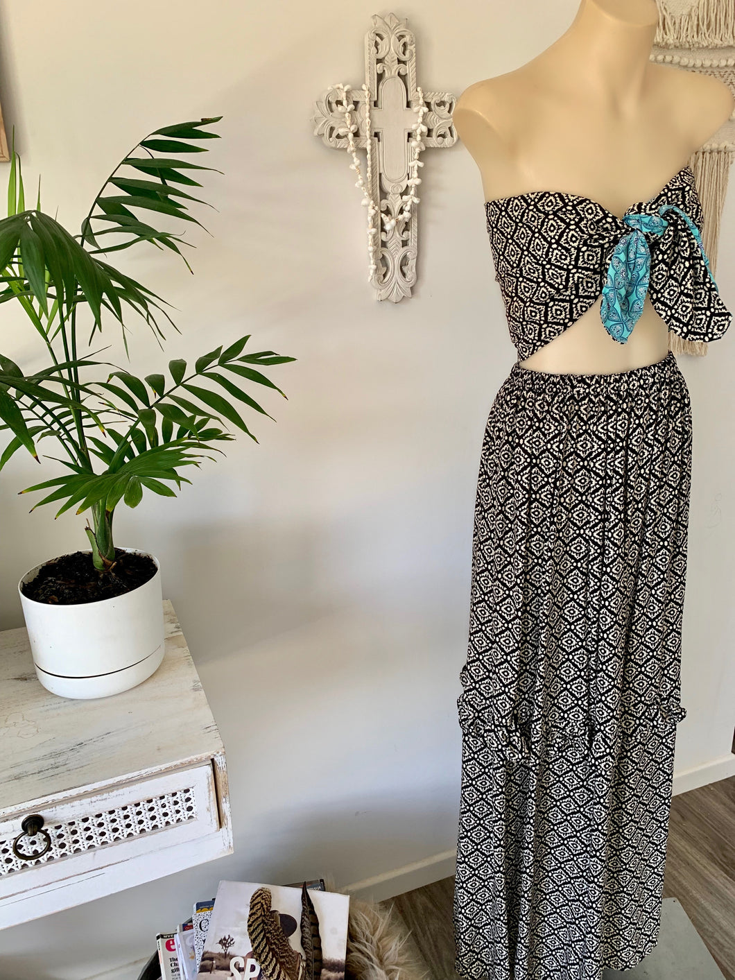 Miami waves frill maxi skirt (8-14)