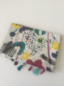Flower party paint box clutch
