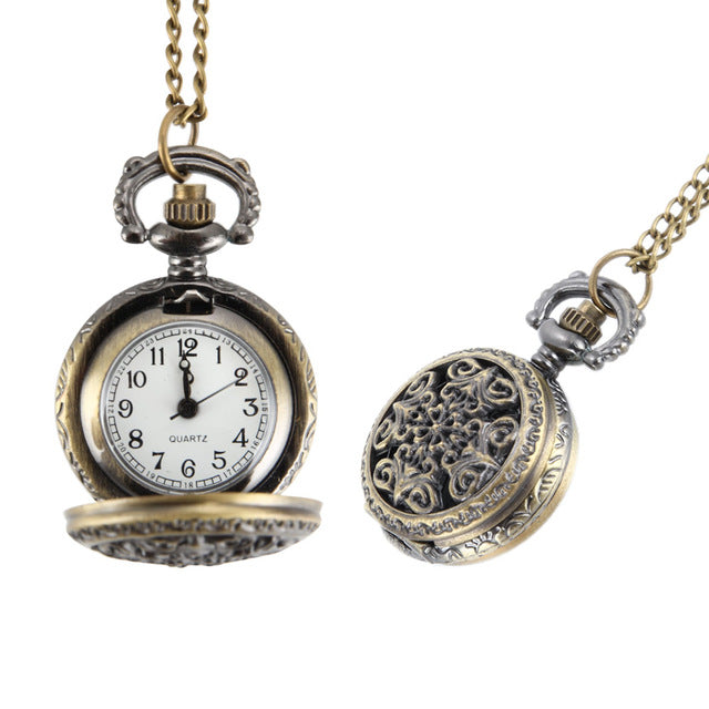 Fashion Vintage Women Pocket Watch Alloy Retro Hollow Out Flowers Pendant Clock Sweater Necklace Chain Watches Lady Gift LL@17
