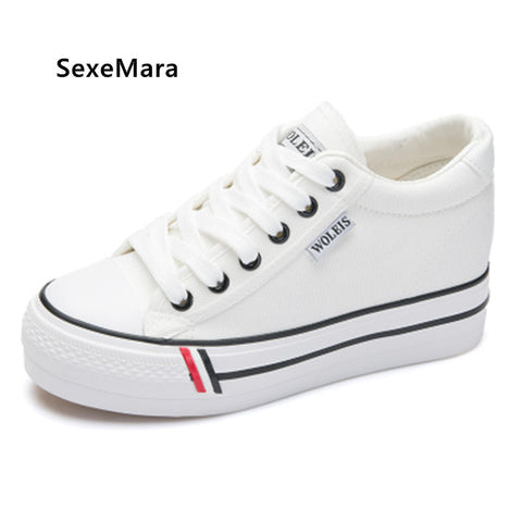 2018 Spring and Summer classic black white canvas shoes women Lace Up platform shoes women casual ladies shoes flats
