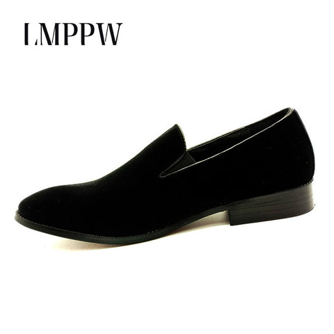 New 2018 Velvet Men Loafers Luxury Brand Shoes Slip on Pointed Toe Party Wedding Shoes Fashion Men Loafers Black Green Wine Red