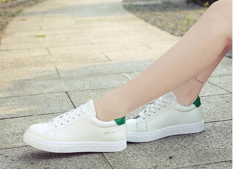 zensnow 2017 Spring And Summer New White Shoes Women Fashion Flat Leather Canvas Shoes Female White Board Shoes Casual Shoes