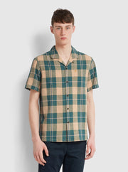 Cavett Casual Fit Short Sleeve Check Shirt In Bottle Green