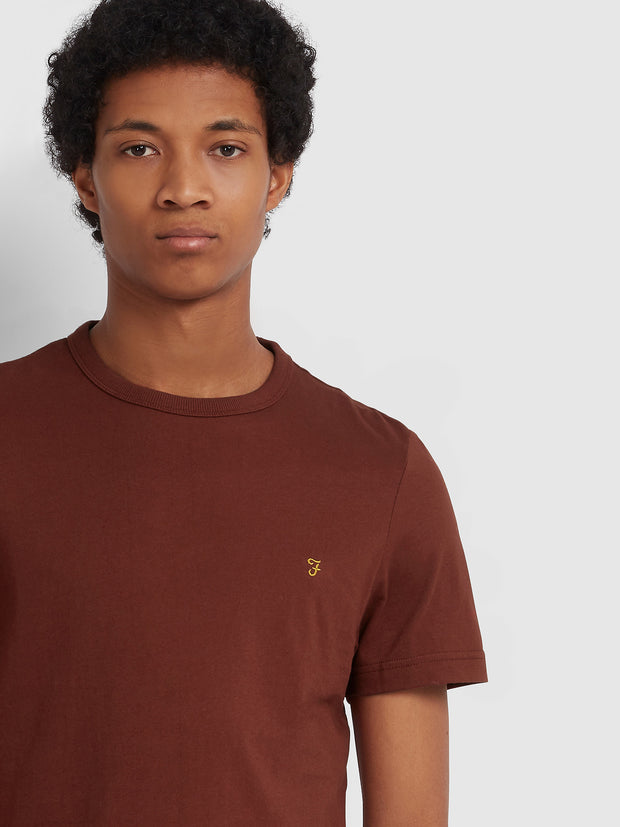 DENNIS SLIM FIT T-SHIRT IN BURNT RED