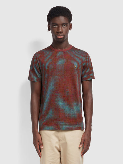 Holbrooks Slim Fit T-Shirt In Farah Burgundy