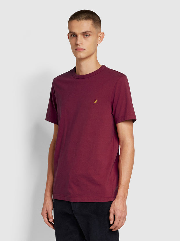 Danny Slim Fit Organic Cotton T-Shirt In Beetroot