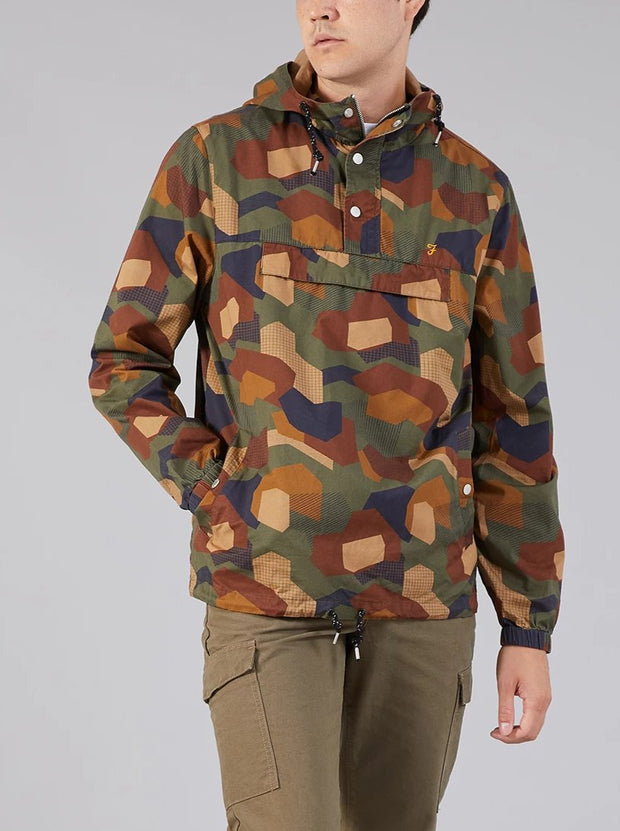 ZACH POP OVER CAMO PRINT JACKET IN MOSS