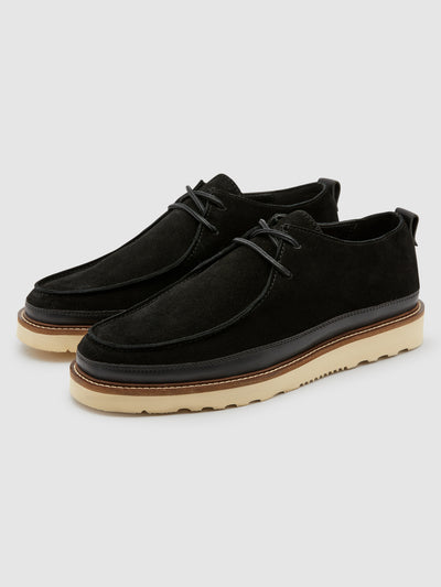 Woodville Wallabee Shoe In Jet Black