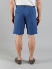 CRANE SHORTS IN DUSKY BLUE