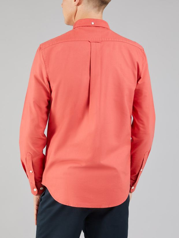 BREWER SLIM FIT OXFORD SHIRT IN RED COAT