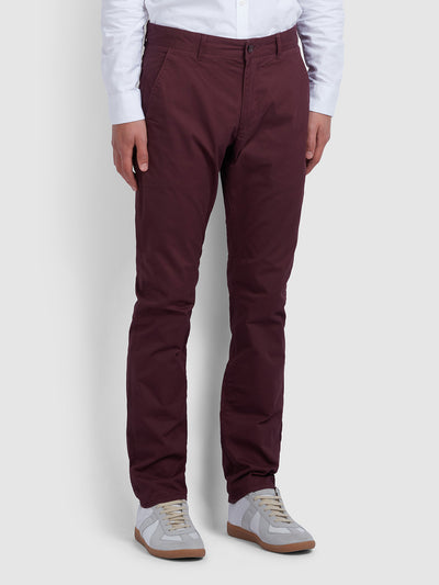 ELM REGULAR FIT TWILL CHINOS IN FARAH RED