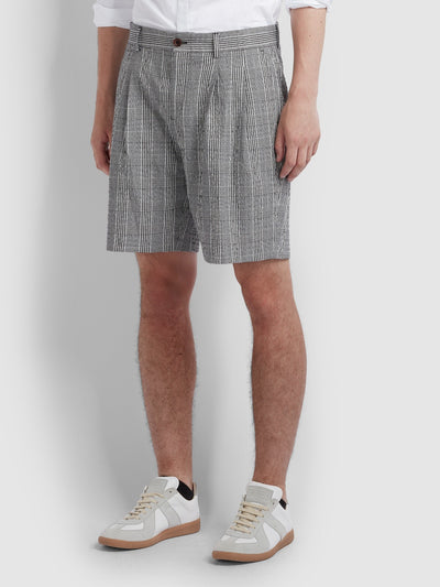 Casey Seersucker Check Shorts In Deep Black