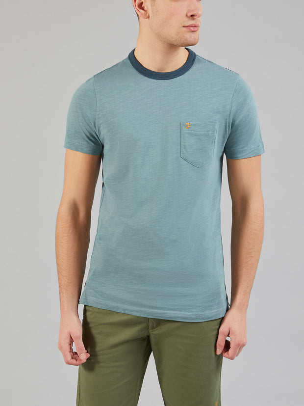 GROOVE SLIM FIT POCKET T-SHIRT IN CLAY