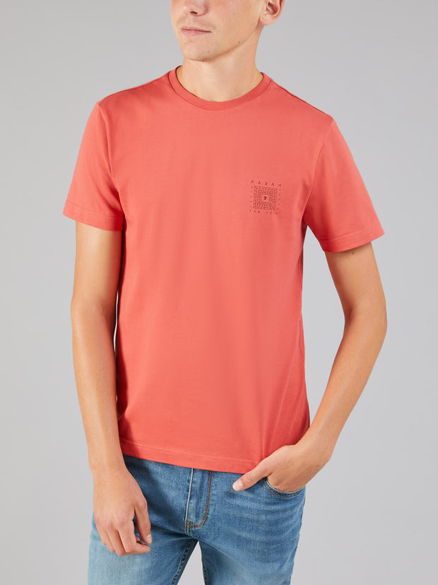 ALFREDO SLIM FIT GRAPHIC T-SHIRT IN RED COAT