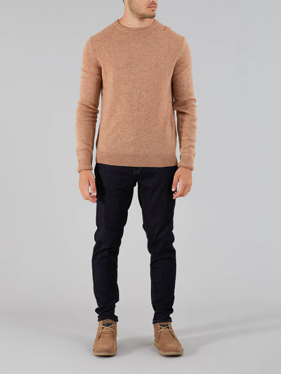 ROSECROFT LAMBSWOOL CREW NECK JUMPER IN CAMEL