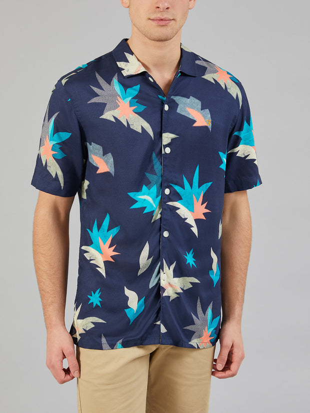 TIDA CASUAL FIT SHORT SLEEVE PRINTED SHIRT IN YALE